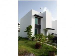 Remate  de casa en Villa Maya Cancun