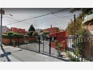 VENTA DE REMATE INMOBLIARIO Casa en San Juan Totoltepec...