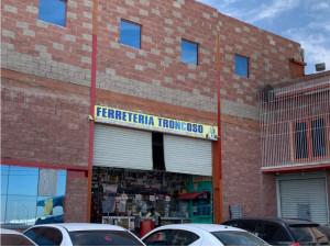 Local en Renta en Avenida Céntrica Transitada