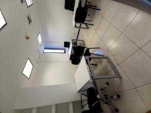 Increíble oficina amueblada para 3 personas con servic...