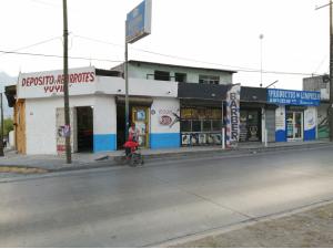 Bodega/local en venta Col. El Porvenir Monterrey