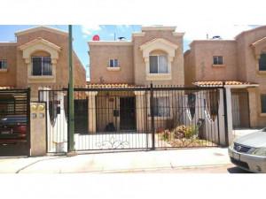 EN RENTA, Casa en Fraccionamiento MONTE CARLO de Chihua...