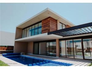 Casa en venta en Valle de Acantha Zibata 21220JL