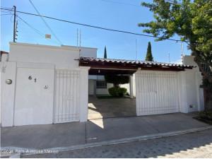 QH2 2971 Alamos renta casa de 3 recamaras con persianas...