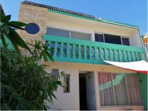Casa en la Joya, Construcción desde los cimientos de c...