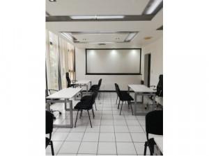Oficina amueblada para 5 personas con servicios en Coli...