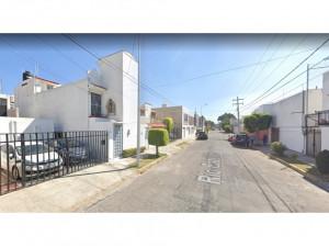 Casa en Jardines de San Manuel MX20-JP7771