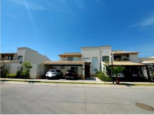 Casa en venta EL MAYORAZGO, LA RIOJA al sur León Gto.