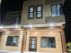 Renta de casa en la Colonia Venustiano Carranza en Cham...
