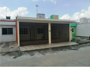 Cárdenas Casa en Renta Fraccionamiento Hacienda Los Mo...