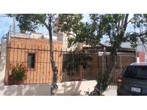 01238 SE VENDE CASA EN FRACCIONAMIENTO EL DORADO.