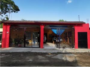 CASA EN VENTA, Colonia Arrollo Polo.