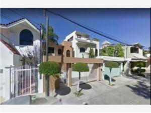 Casa en Chapultepec EXCLUSIVA MX21-KJ2861