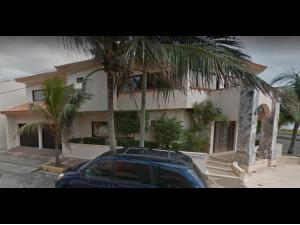 Casa en venta por remate Fracc costa de oro Boca del ri...