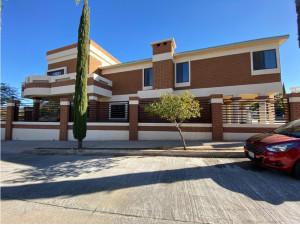 Casa en Venta en Nogales Sonora El Greco Residencial