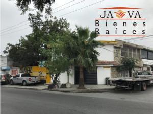 Casa en esquina con 2 locales comerciales, col San Bern...