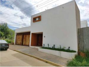 Casa en venta  de 3 recamaras en Tlalixtac