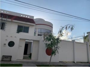 Casa en Renta con Alberca Cancún