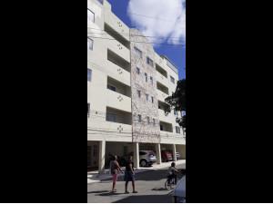 Renta de departamento en edificio Italia