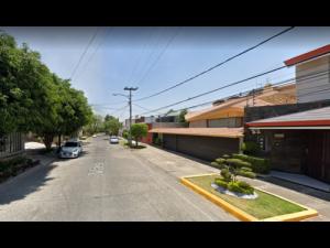 Casa en Ciudad Satelite MX21-KK2137