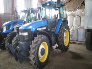 TRACTOR AGRICOLA NEW HOLLAND