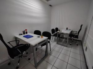 Oficina amueblada para 2 personas con servicios incluid...