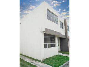 Rento casa 3 Rec/2.5 baños en San Andrés Cholula