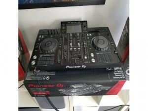 Pioneer xdj rx2Pioneer S-dj50x speakers x 2 Pioneer HDJ...
